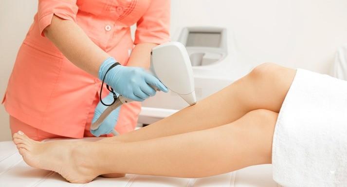 опытный врач-косметолог одна из лучших косметология